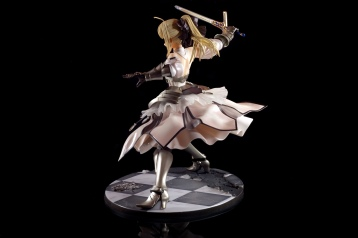 saber-lily-by-good-smile-company-11