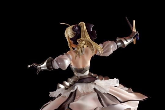 saber-lily-by-good-smile-company-25
